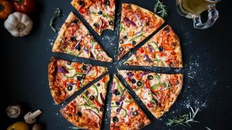 תמיד באה טוב. פיצה ב-45 דקות