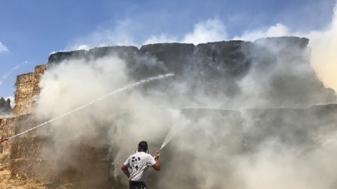 שריפה ברפת בקיבוץ נחל עוז. צילום: אלון מאיר