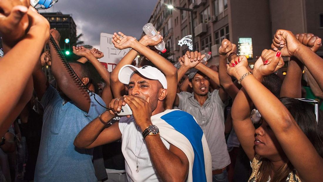 ההפגנה בתל אביב. צילום: בני וודו