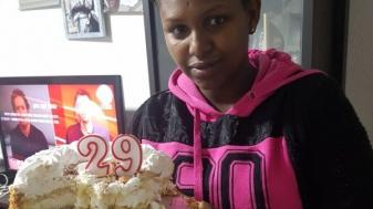 פטפט אייצ'או, ביום הולדתה. צילום: אנווה אייצ'או