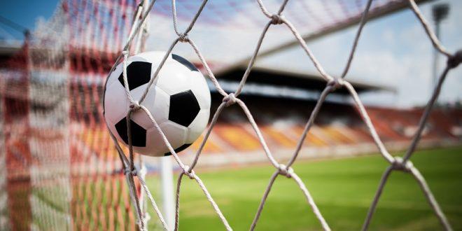 """""""תקציבים של ליגה שלישית באנגליה"""": מדוע רמת הכדורגל הישראלי בירידה?"""